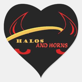 Glorior och Hornsskråobjekt Hjärtformat Klistermärke