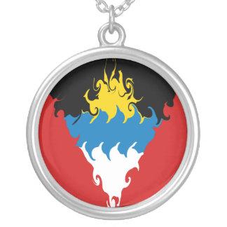 Gnarly flagga för Antigua och Barbuda Halsband Med Rund Hängsmycke