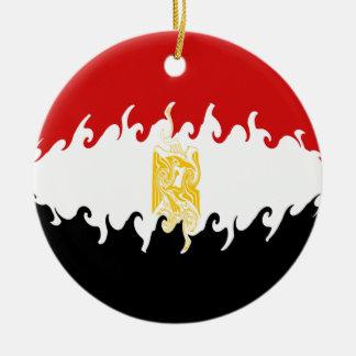 Gnarly flagga för egypten rund julgransprydnad i keramik