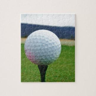 Golfboll på en berggolfbana pussel