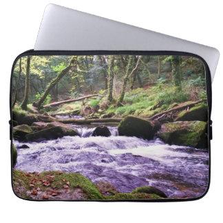 Golitha nedgångflod Fowey Cornwall England Laptop Sleeve