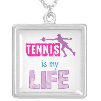 Golly flickor - tennis är mitt liv silverpläterat halsband
