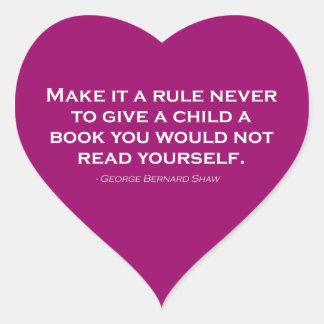 Gör det en härska aldrig för att ge ett barn en hjärtformat klistermärke