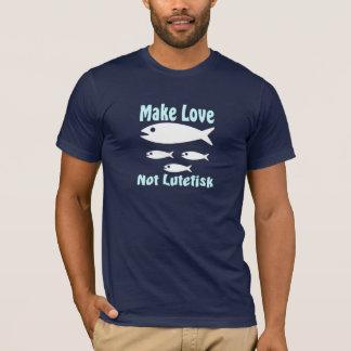Gör kärlek inte Lutefisk den roliga skandinavet T Shirts