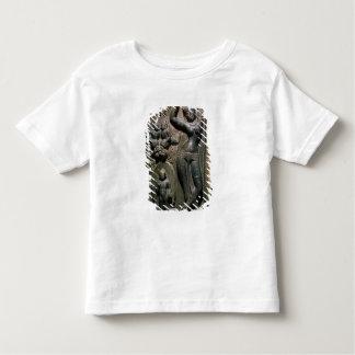 Göra till drottning ge födelse för Maya till den T-shirts