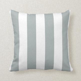 Görade randig vis man och vit dekorativ kudde