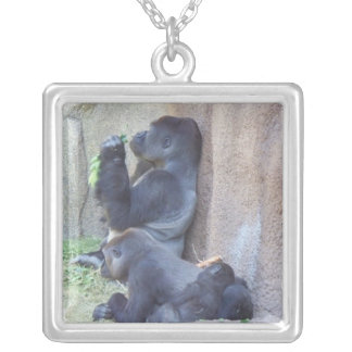 Gorillafamilj Silverpläterat Halsband