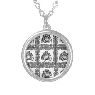 gorillakubkonst silverpläterat halsband