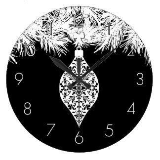 Gotisk damastast helgdagprydnad stor klocka