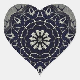 Gotisk mandala hjärtformat klistermärke