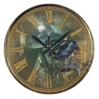 Gotisk svart kråka stor klocka