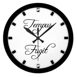 Gotiska flugor för Tempus Fugit Time Stor Klocka