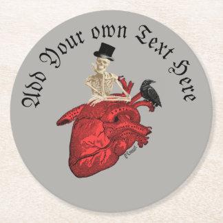 Gotiskt brudgumskelett och hjärta underlägg papper rund