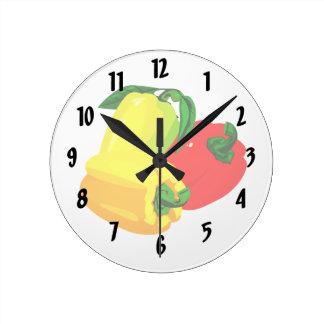 Grafisk röd gultgrönt för tre peppar rund klocka