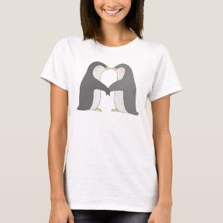 Grafisk T-tröja för kyssande pingvin för pingvin Tee Shirt