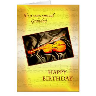 Grandad ett musikaliskt födelsedagkort med en fiol kort