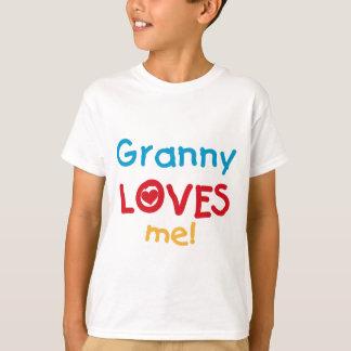 Grannyen älskar mig Tshirts och gåvor