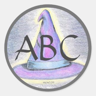 Gräns för grått för Monogram för häxatrollkarlhatt Runt Klistermärke