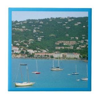 Gränsade St Thomas segelbåtar Kakelplatta