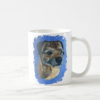 GränsTerrier som borstas på blått Kaffemugg