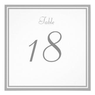 Grått gifta sig bordsnummerkort för blek fyrkantigt 13,3 cm inbjudningskort