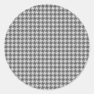 Grått och vit texturerat Houndstooth mönster Rund Klistermärke