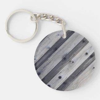 Grått Wood staket Keychain för Diagonal