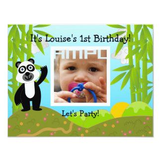 Grattis på födelsedagenparty med pandabjörnen 10,8 x 14 cm inbjudningskort
