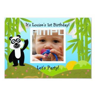 Grattis på födelsedagenparty med pandabjörnen 8,9 x 12,7 cm inbjudningskort