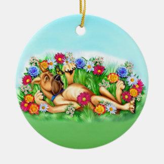 Great dane som jagar fjärilar, cirklar prydnaden julgransprydnad keramik