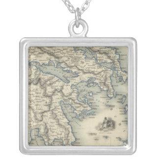 Grekland med inläggkartor av Corfu och Stampalia Silverpläterat Halsband