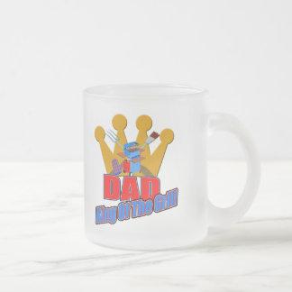 Grilla gåvor för kungpappafars dag frostad glasmugg