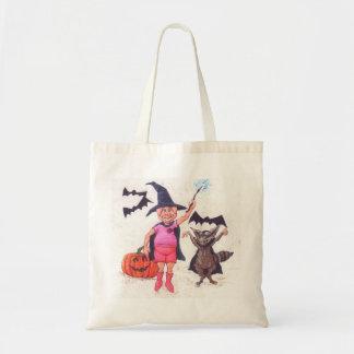 Gris och Raccoon som kläs för Halloween Tygkasse