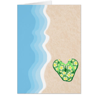 Grön blom- flinflip flops på strandkortet hälsningskort