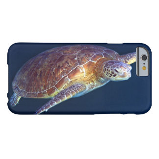 Grön havssköldpadda på den underbara barriärrevet barely there iPhone 6 skal