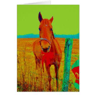 Grön himmel, röd pilbågehäst: tillfoga namn hälsningskort
