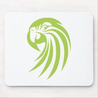 Grön Macawpapegoja i Swishteckningstil Musmatta