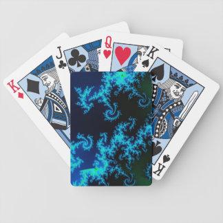 Grön och blåttfractal som leker kort spelkort