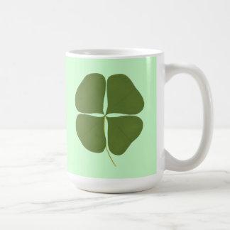 Grön Shamrockmålning, saint patrickdagmuggar Kaffemugg