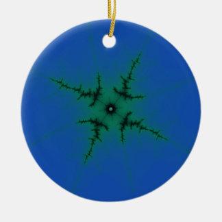 Grön stjärna på blått julgransprydnad keramik