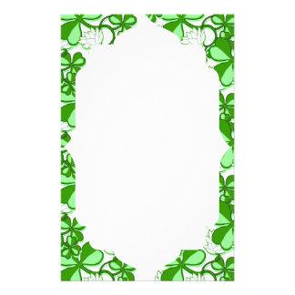 Grön Sts Patrick Shamrock Irland för daggrönt Brevpapper