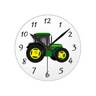 Grön traktor för animerad medium rund klocka