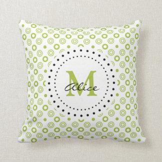 Grön vitabstrakt cirklar och pricker kudde