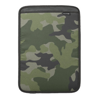 Gröna Camo 13 flytta sig mycket långsamt lodrät MacBook Air Sleeve