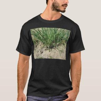 Gröna leekväxter som växer i trädgården tshirts