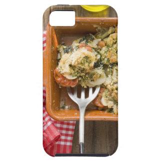 Grönsaken bakar med potatisar, tomater, leeks tough iPhone 5 fodral