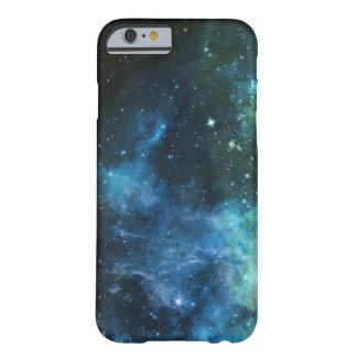 Grönt för blått för iPhone för galaxstjärnaNebula Barely There iPhone 6 Skal