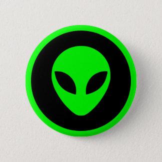 Grönt främmande huvud standard knapp rund 5.7 cm