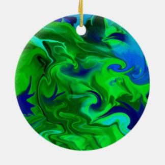 Grönt- och blåttabstrakt rund julgransprydnad i keramik