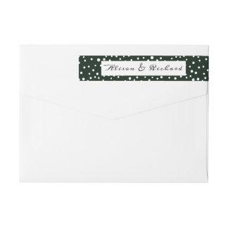 Grönt- och vitpolkaen pricker mönsterbröllop etikettband